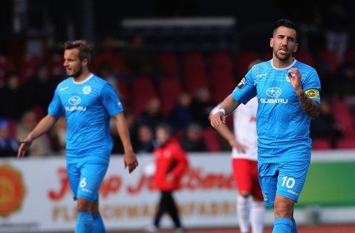 Stuttgarter Kickers spielen Remis gegen Halle