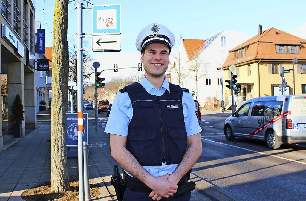 Obwohl Sillenbuch als sicherer Stadtbezirk ohne Kriminalitätsschwerpunkte gilt, will Sebastian Fritsch auf den Straßen präsent sein. Foto: Caroline Holowiecki