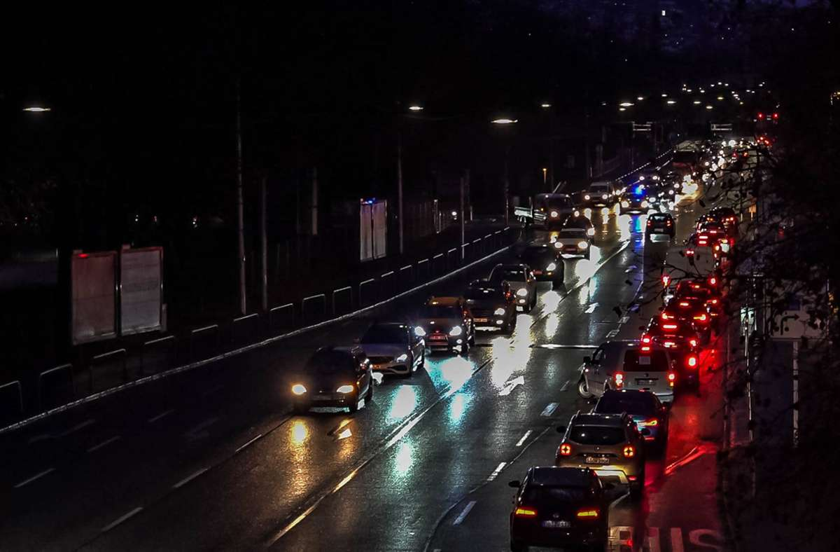Schon mehrmals sind Autokorsos zum Coronaprotest durch Stuttgart gerollt. Foto: 7aktuell/Andreas Werner