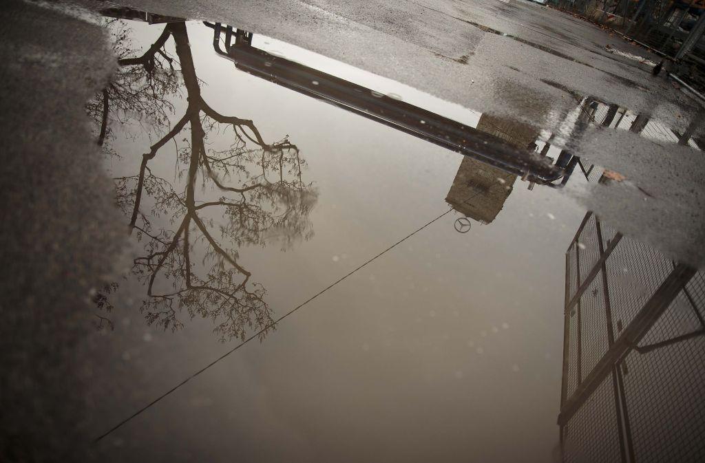 Am Freitag endet der Feinstaubalarm in Stuttgart. Das heißt aber auch: Regen in Sicht. (Archivfoto) Foto: Lichtgut/Leif Piechowski