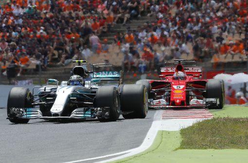 Hamilton gewinnt vor Vettel