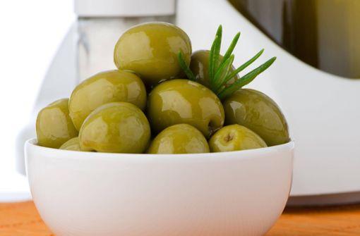 """Scherben im Glas: Hersteller ruft """"Oliven in Scheiben"""" zurück"""