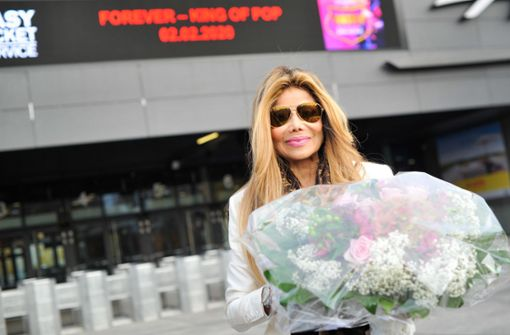 """Schwester von Michael Jackson wirbt für """"Forever""""-Show"""