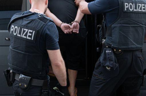 Razzia gegen Schleuser – 300 Polizisten im Einsatz