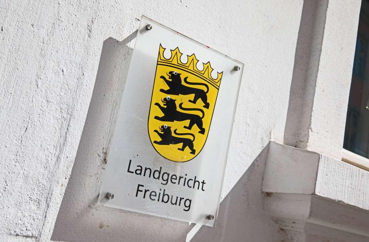 Am Landgericht Freiburg waren im Fall der Gruppenvergewaltigung im Juli 2020 zehn der elf Angeklagten zu Strafen verurteilt worden. (Symbolbild) Foto: imago images/Björn Trotzki/Björn Trotzki via www.imago-images.de
