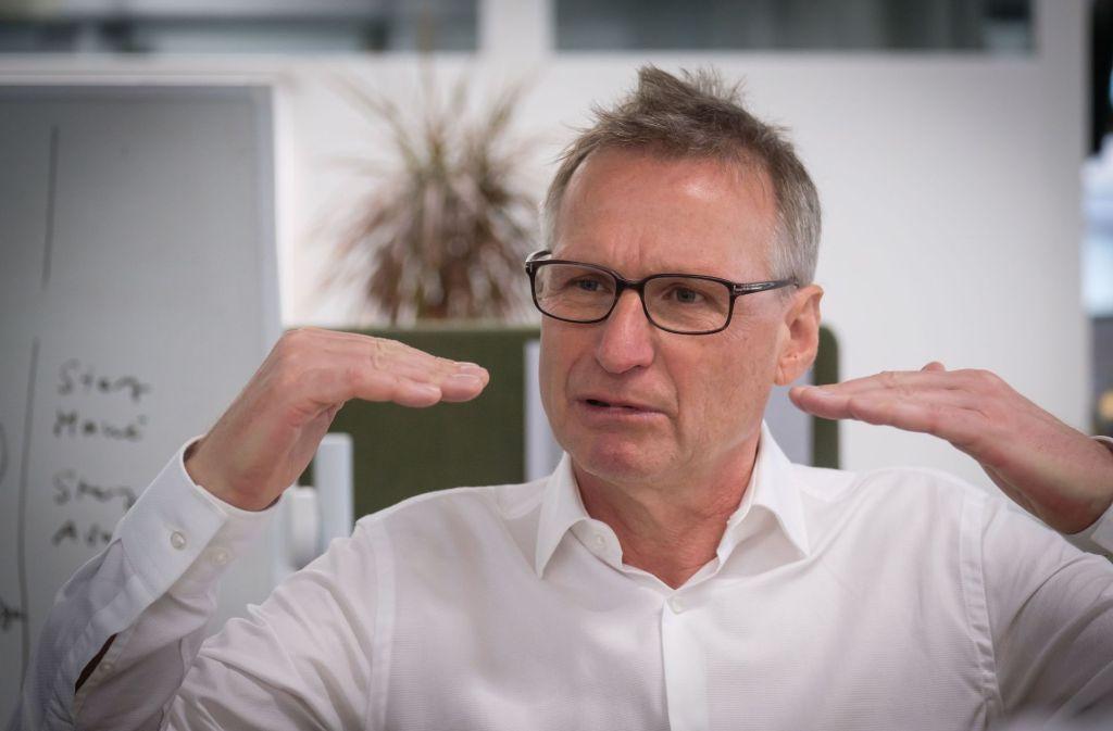 Michael Reschke nimmt Stellung zur rollte der zweiten VfB-Mannschaft. Foto: Lichtgut/Achim Zweygarth