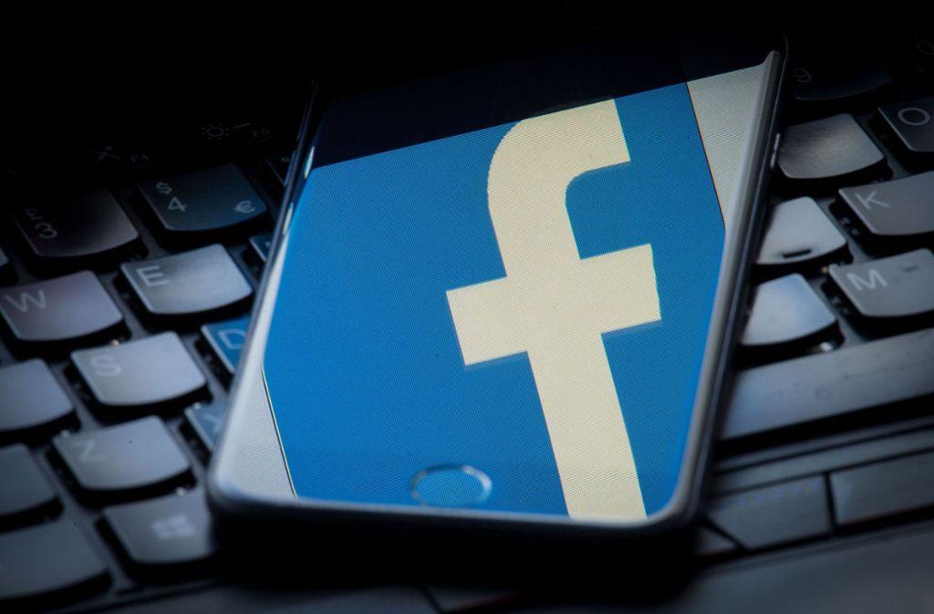 Facebook hat erneut ein Netzwerk gefälschter Profile entdeckt. (Symbolfoto) Foto: PA Wire