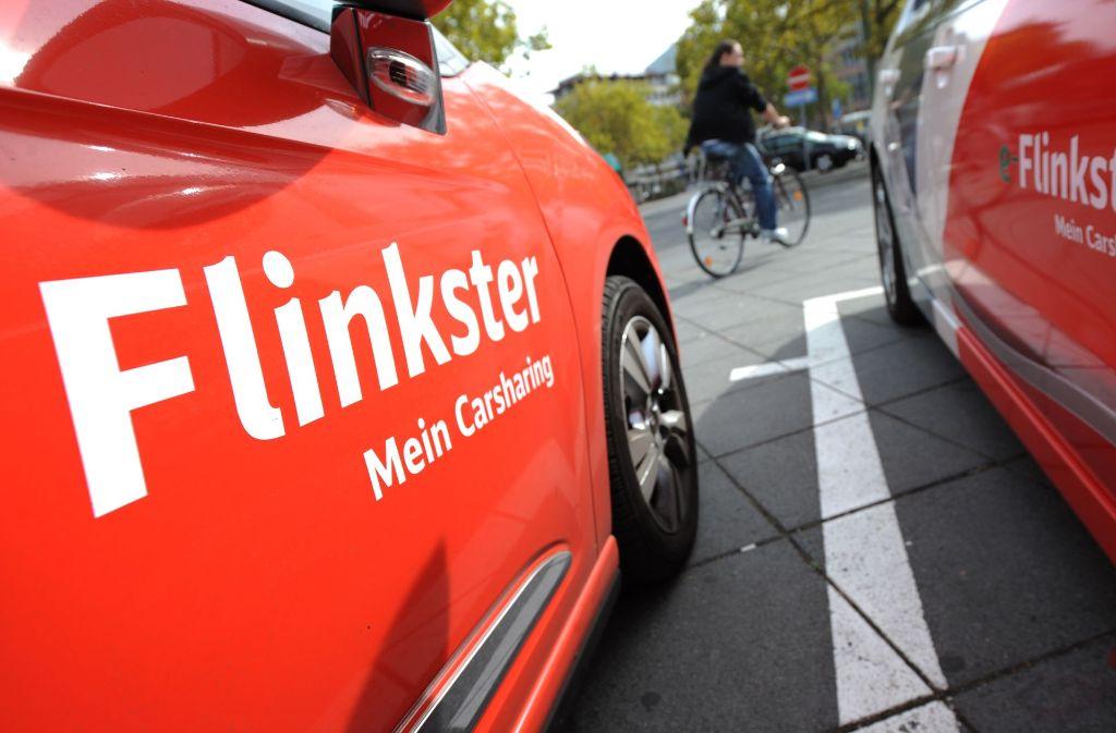 Die Mehrheit der Deutschen zeigt sich nach eine PwC-Umfrage offen für Carsharing. Foto: dpa