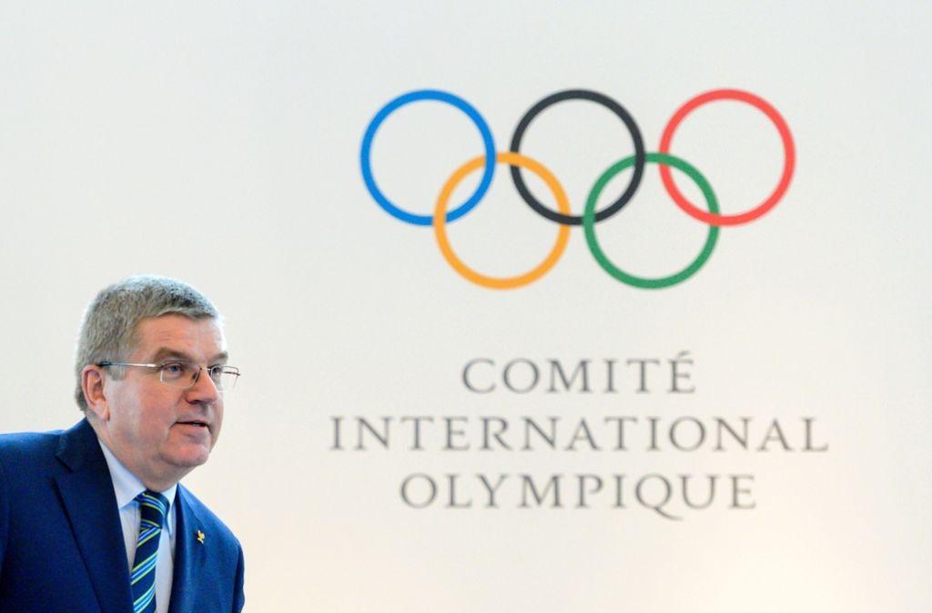 IOC-Chef Thomas Bach lässt Hintertür für russische Athleten offen Foto: AFP