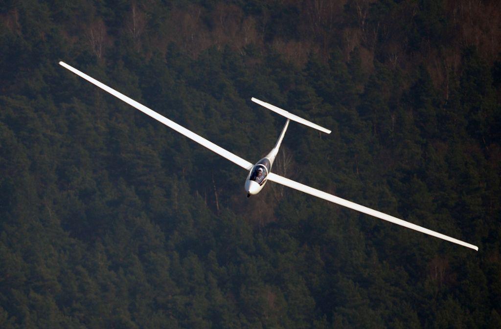 Der 16-jährige Pilot hatte zu wenig Höhe. Foto: dpa/Ralf Hirschberger