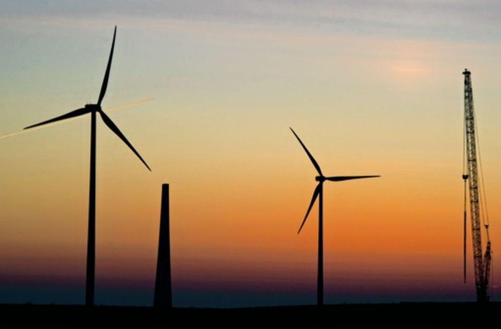 """Offshore-Windkrafterzeugung hält der Chef der Haller Stadtwerke, Johannes van Bergen, für """"Quatsch"""". Foto: dpa-Zentralbild"""