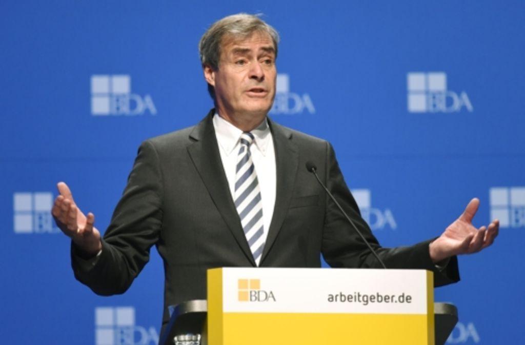 Arbeitgeberpräsident  Ingo Kramer sieht Flüchtlinge als Chance für Unternehmen. Foto: dpa