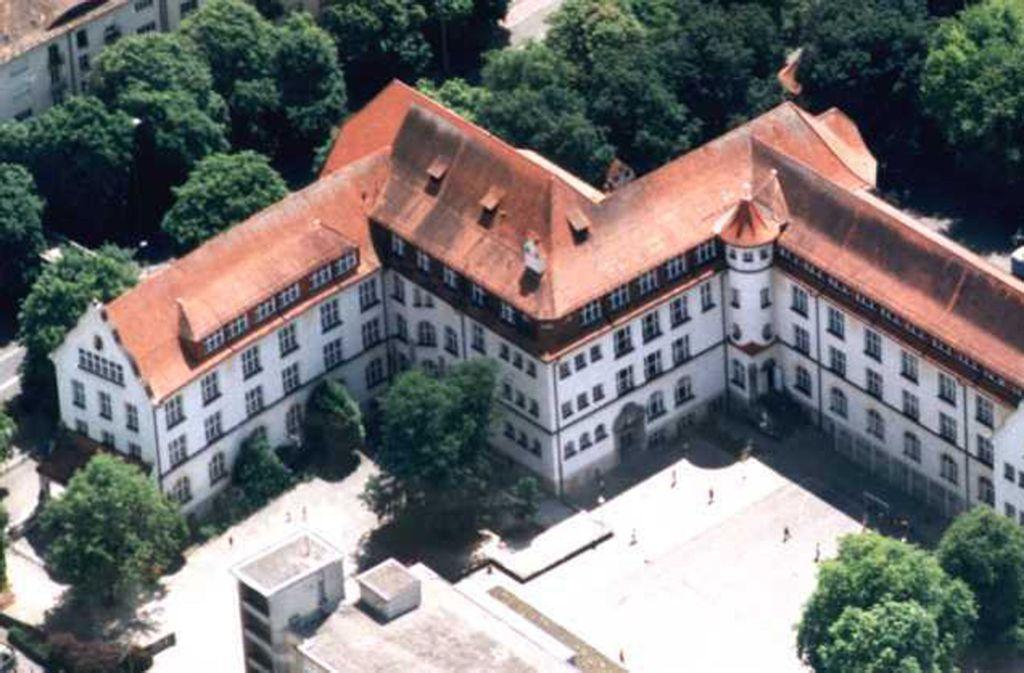 Das Luftbild täuscht, die Theodor-Heuss-Realschule liegt mitten in der Stadt. Foto: THR