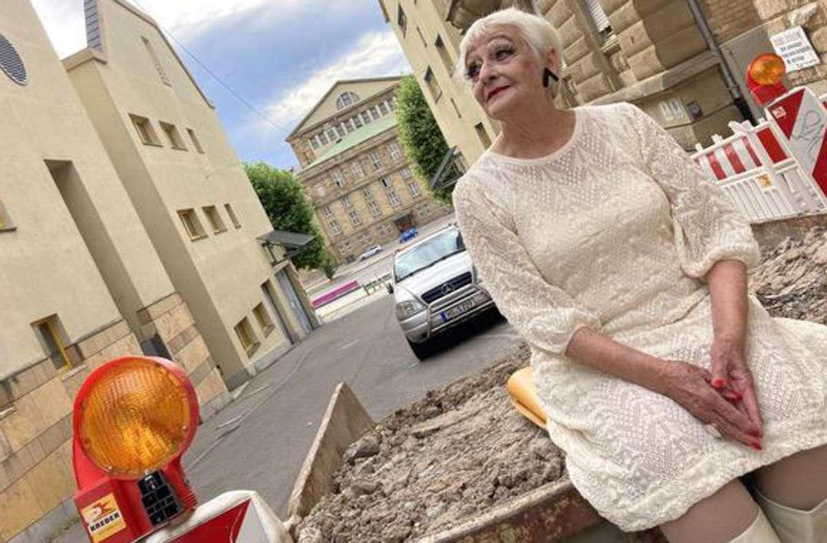 """Diane Marstboom hatte ihren letzten Auftritt im Urbanstraßen-Parcours """"Rashomon"""". Foto: /Nina Kurzeja"""