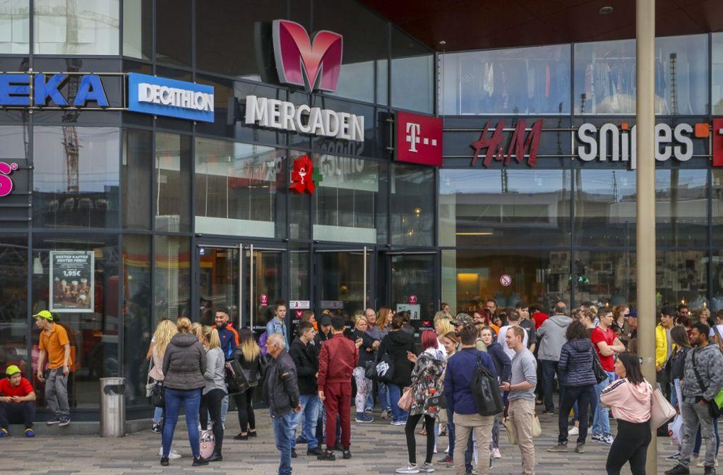 Am Rosenmontag hatten die Mercaden geschlossen – zum Ärger der Kunden (Archivbild). Foto: factum/Granville