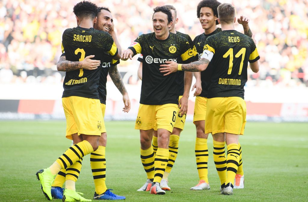 Jubelnde Dortmunder im Spiel beim VfB Stuttgart – daran hat man sich in der dieser Bundesligasaison bereits gewöhnt. Foto: dpa
