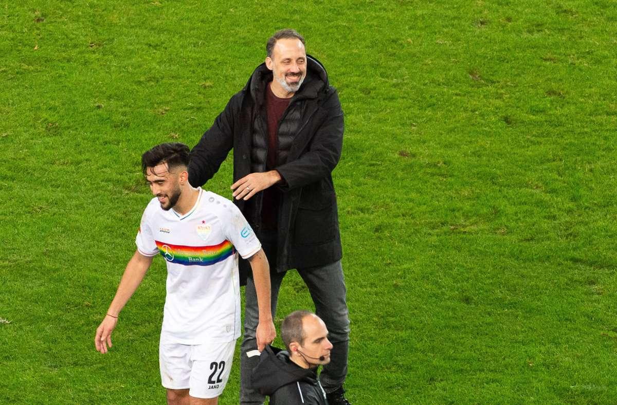 Pellegrino Matarazzo hofft auf ein baldiges Comeback von Nicolas Gonzalez beim VfB Stuttgart. Foto: imago images/Eibner