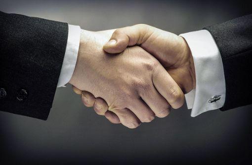 Wird der Handschlag aus dem Alltag verschwinden?