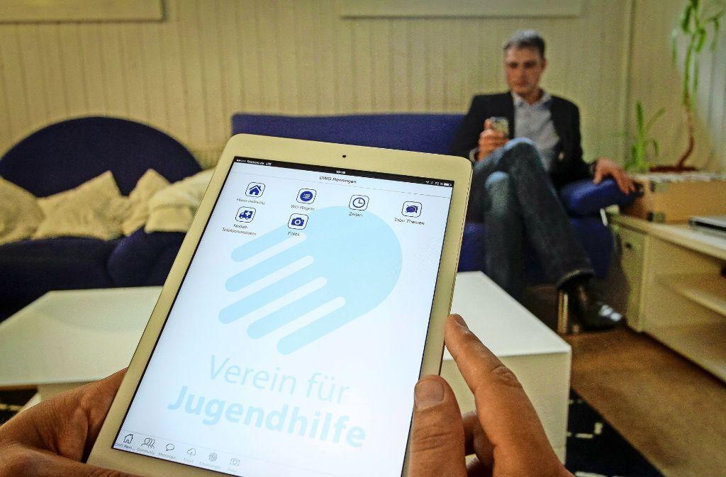 Der Messenger ist speziell auf die Bedürfnisse des VfJ zugeschnitten – und trägt sogar das vereinseigene Logo. Foto: factum/Bach
