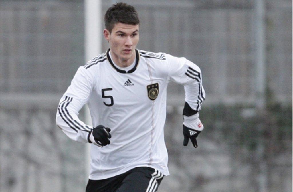Spieler mit Führungsqualitäten: der VfB-Verteidiger Robin Yalcin Foto: Baumann