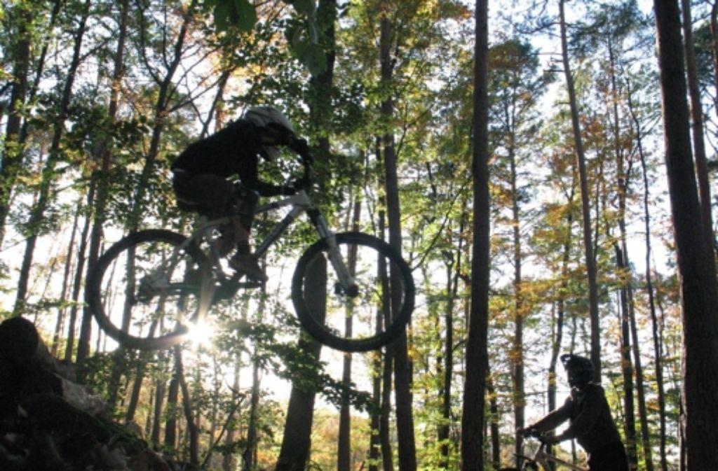Zwei Jahre auf Probe wird in Stuttgart eine legale Downhillstrecke eingerichtet. Foto: Warth