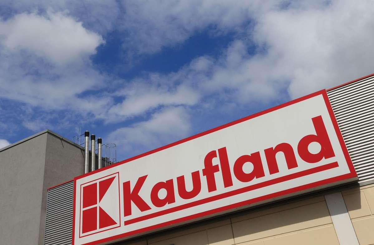 Kaufland hat einen Fitness-Expander zurückgerufen. Foto: dpa/Jens Wolf