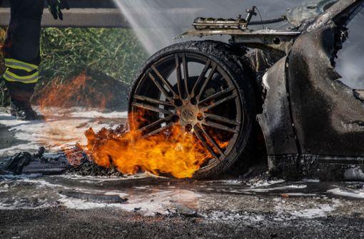 Porsche geht in Flammen auf – immenser Schaden