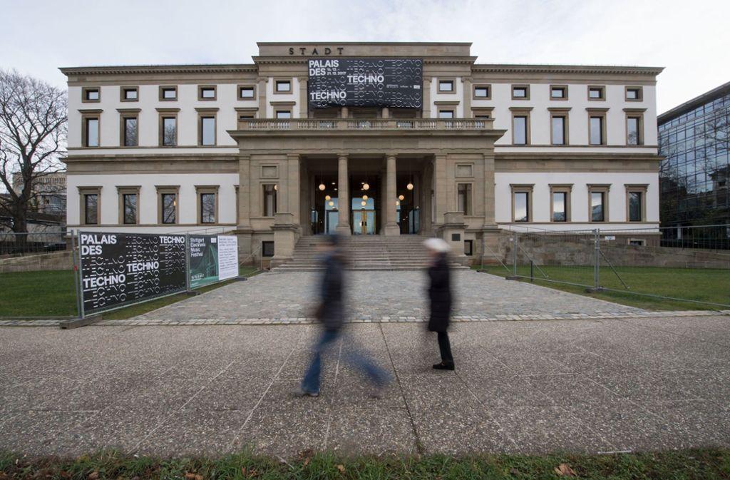 Seit September 2017 ist das Wilhelmspalais nach einem Totalumbau im Inneren wieder für Veranstaltungen genutzt worden. Von Mitte April an wird es wirklich Stadtmuseum mit geschichtlichen Ausstellungen sein. Foto: dpa