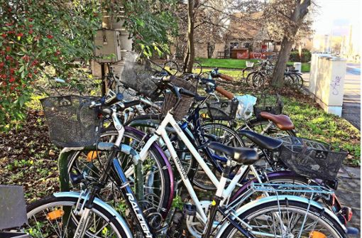 Mehr Fahrradstellplätze an Friedhöfen