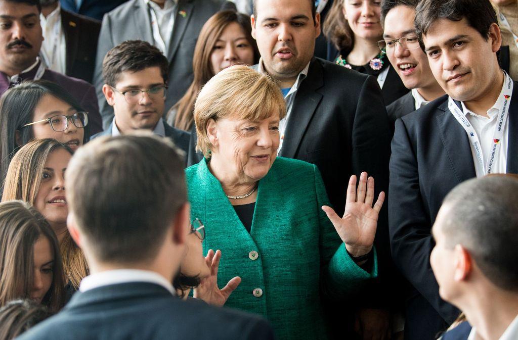 """Bundeskanzlerin Angela Merkel beim """"Deutschlandtag"""" der Jungen Union Foto: dpa-Zentralbild"""