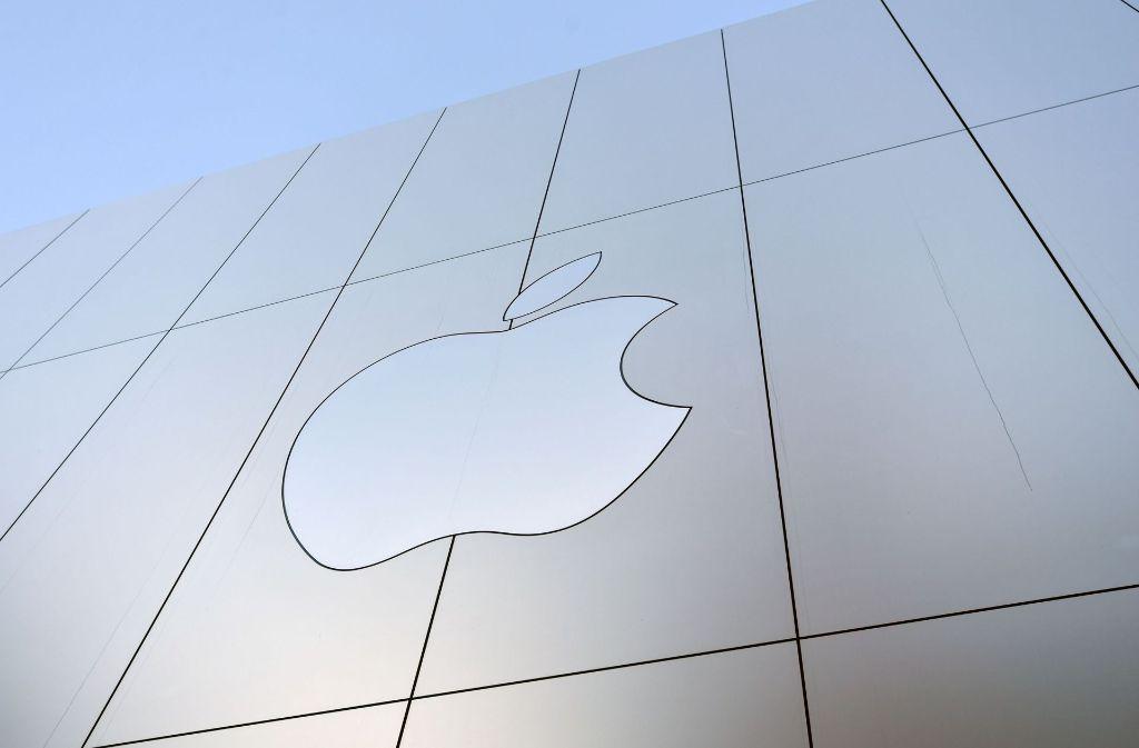 Apple-Store in San Francisco: Der US-Konzern kauft den Musikerkennungsdienst Shazam. Foto: AFP