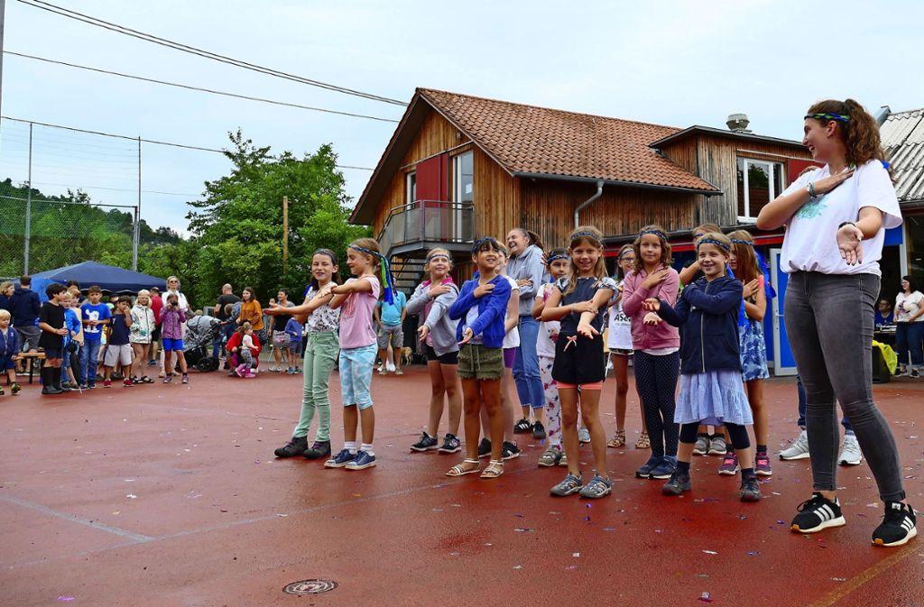 """Beim Familienfest am Samstag darf auch der mehr als 20 Jahre alte Sommerhit """"La Macarena"""" samt dazugehörigem Tanz nicht fehlen. Foto: Andrea Eisenmann Foto:"""