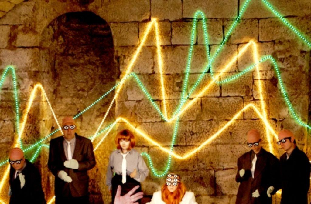 Geld macht nicht glücklich: der Investor und seine Claqueure Foto: factum/Weise