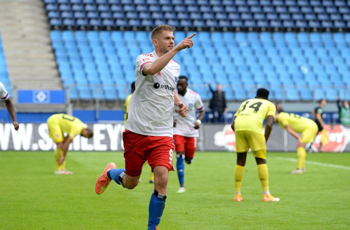 War der Matchwinner gegen Würzburg: HSV-Stürmer Simon Terodde. Foto: dpa/Daniel Bockwoldt