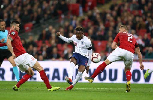 Kick it like England