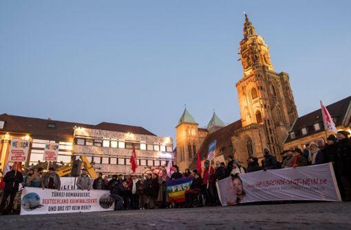 70-Jähriger bereut Messerangriff auf Ausländer