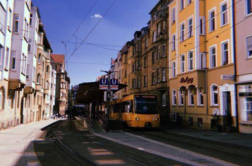 Am Hölderlinplatz mutet alles ein bisschen idyllischer an. Warum das so it? Kommt mit uns on Tour, dann wisst ihr mehr!
