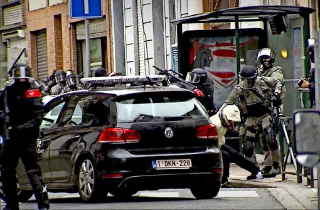 Der Terrorverdächtige Salah Abdeslam ist am 19. März in Brüssel verhaftet worden. Foto: AP