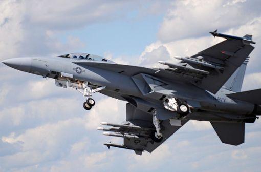 Erneut US-Kampfflugzeug ins Meer gestürzt