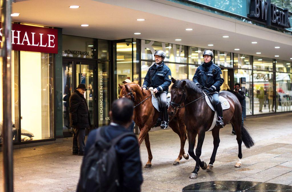Eine Polizeireiterstaffel in Baden-Württemberg genügt, meint der Landesrechnungshof Foto: Lichtgut/Max Kovalenko