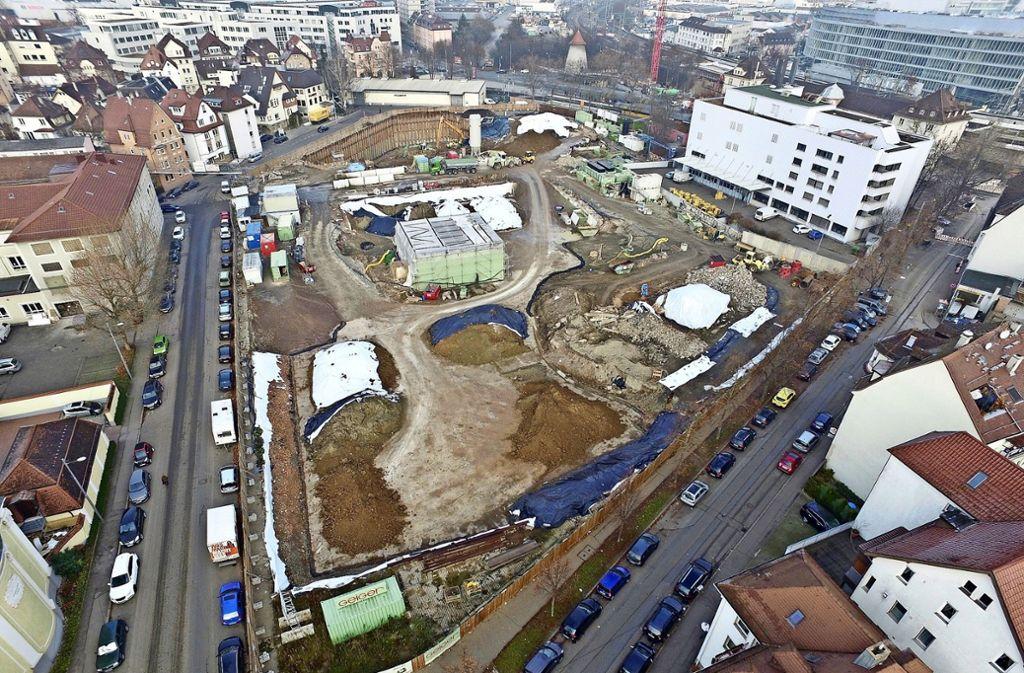 Noch läuft auf dem Schoch-Gelände die Altlastensanierung. Sie soll allerdings im Mai 2018 abgeschlossen sein. Foto: Carsten Seiband
