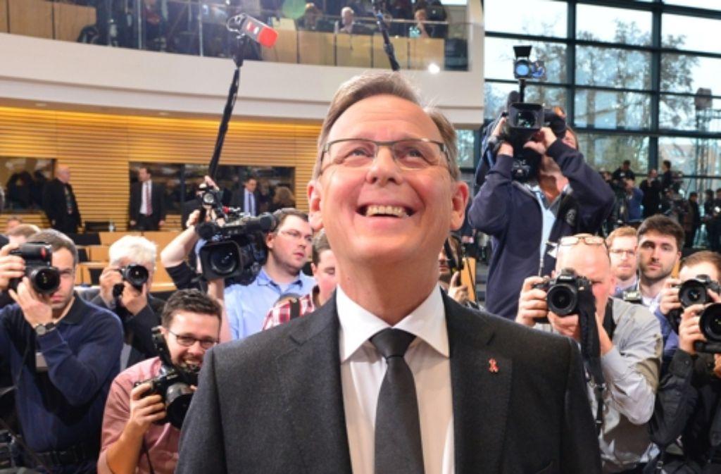 Erleichtertes Lächeln: Im zweiten Wahlgang hat  Bodo Ramelow die nötige Mehrheit geschafft. Foto: dpa
