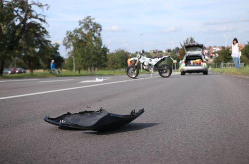 21-jähriger Motorradfahrer schwer verletzt