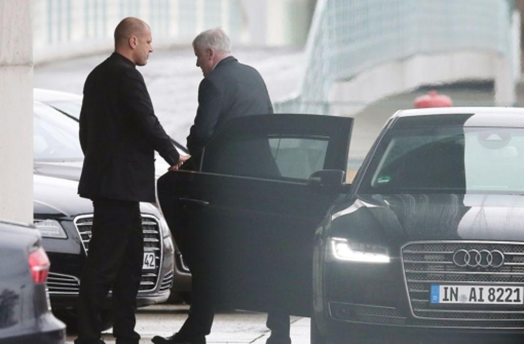 CSU-Chef  Horst Seehofer   will ein Verhandlungspaket schnüren. Foto: dpa