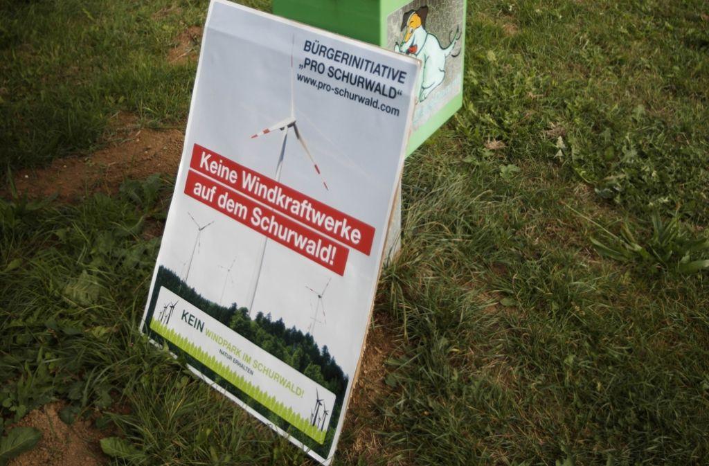 """Die Bürgerinitiative """"Pro Schurwald"""" will weiterhin Widerstand gegen Windkraftpläne  auf dem Schurwald leisten. Foto: Gottfried Stoppel"""