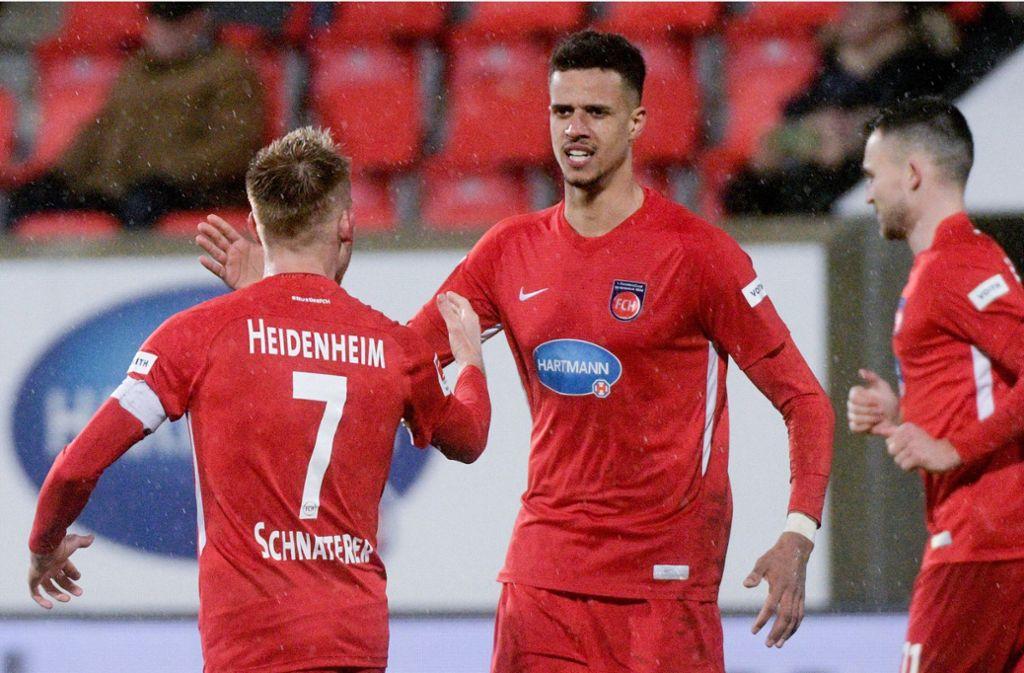 Robert Glatzel (Mitte) soll beim VfB Stuttgart auf dem Zettel stehen. Foto: dpa