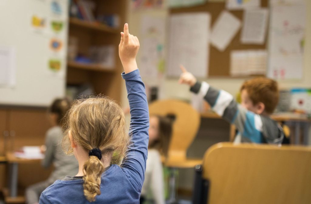 An der Schule soll der Umgang offen und direkt sein. Das anonyme Meldeportal der AfD steht heftig in der Kritik. Foto: dpa/Frank Rumpenhorst