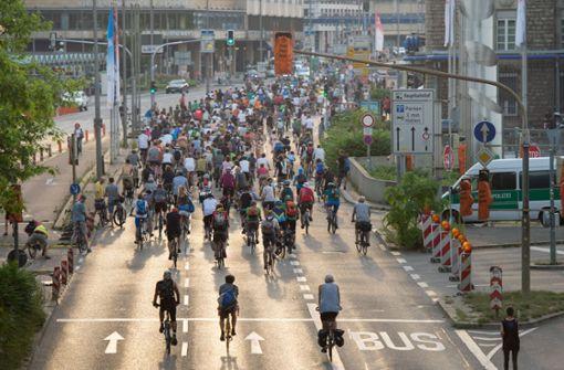 Erste Fahrrad-Demo für Kinder in Stuttgart