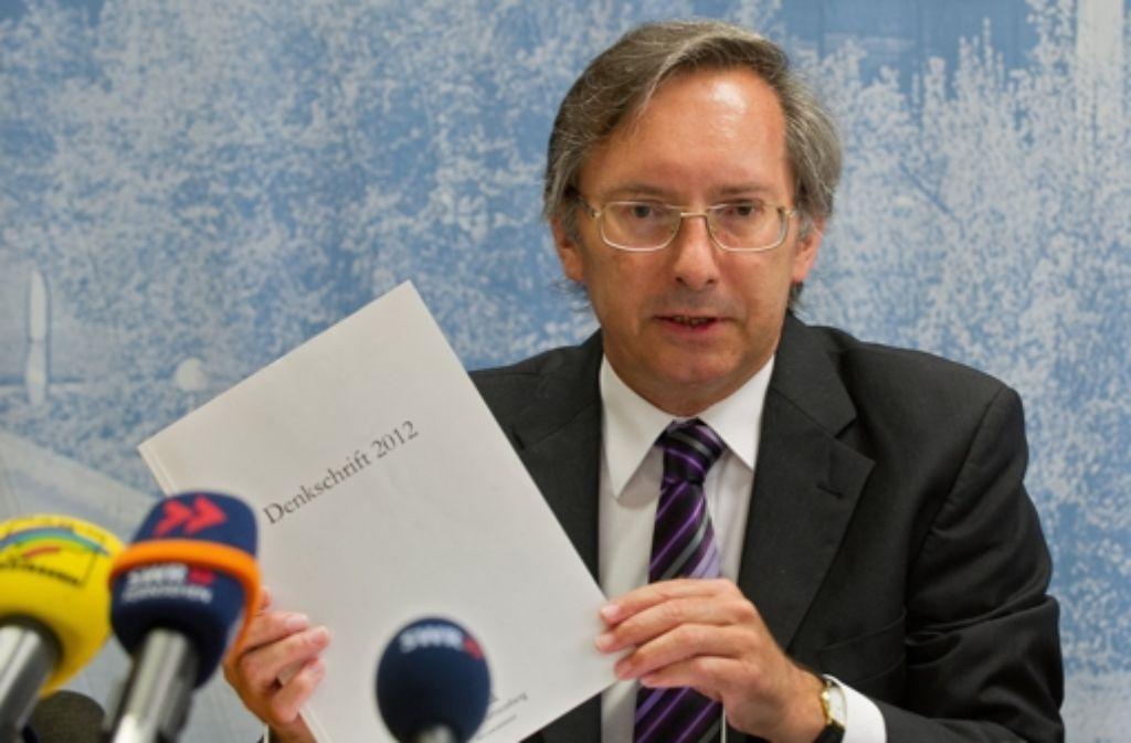 Max Munding, Präsident des Landesrechnungshofs, stellt seinen Jahresbericht vor. Foto: dpa