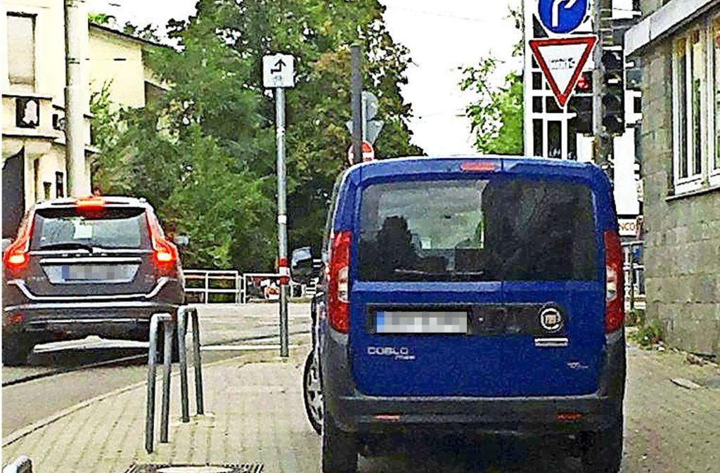 Kein Durchkommen für Radler Foto: JL